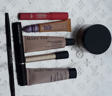 MY CURRENT EVERYDAY MAKE UP ROUTINE