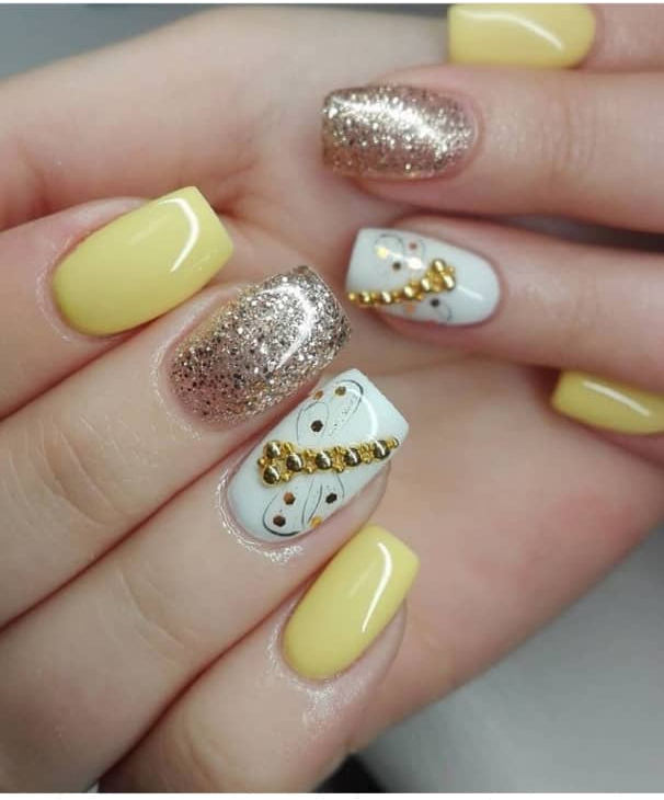 yellow nail designs