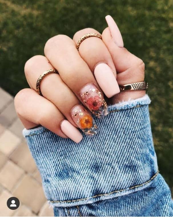 dry flower nail designs