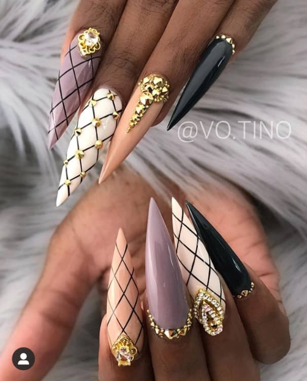 stiletto nail design