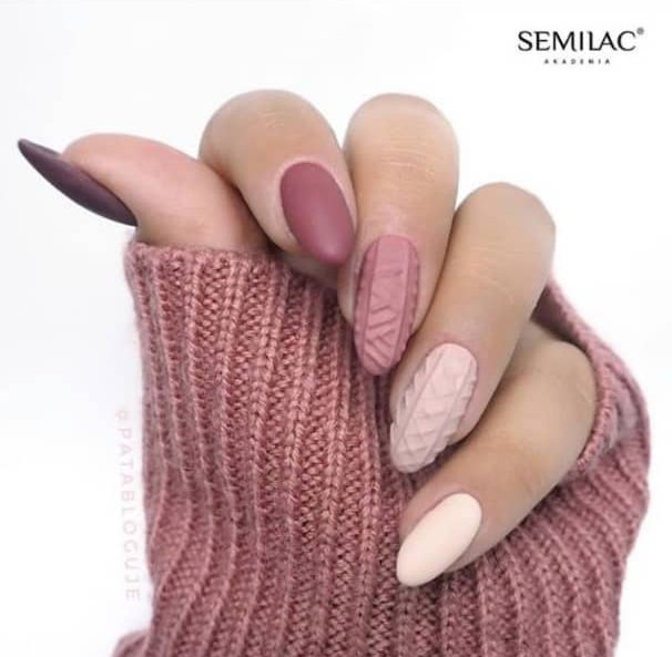 sweater nail design