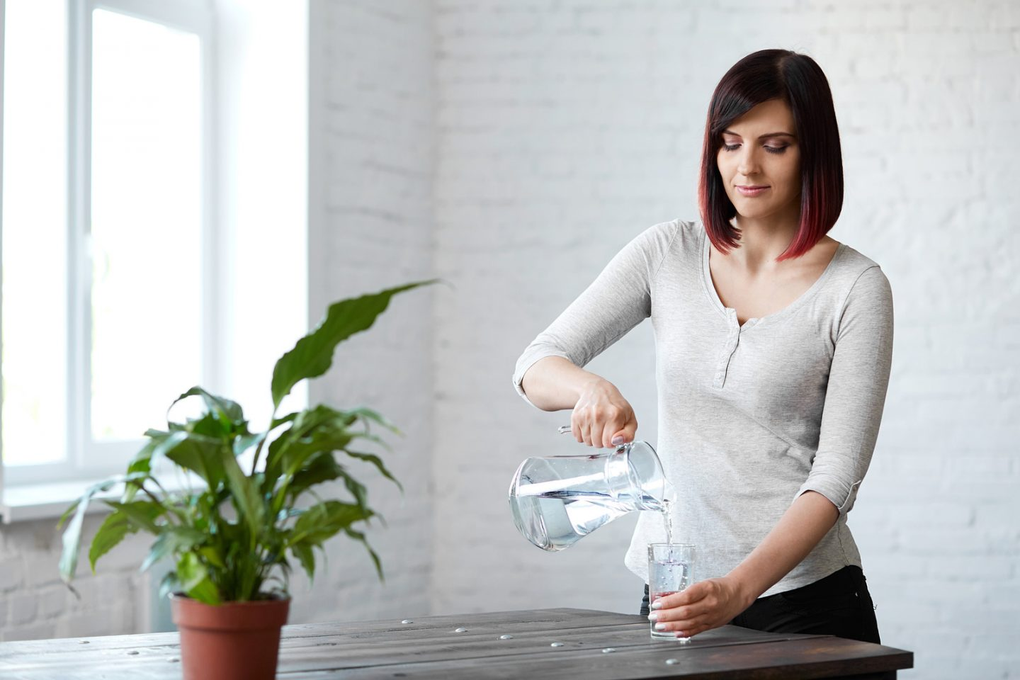 Drinking Water. Healthy Lifestyle. Diet concept. Healthy Eating. Beautiful young woman drinking water.