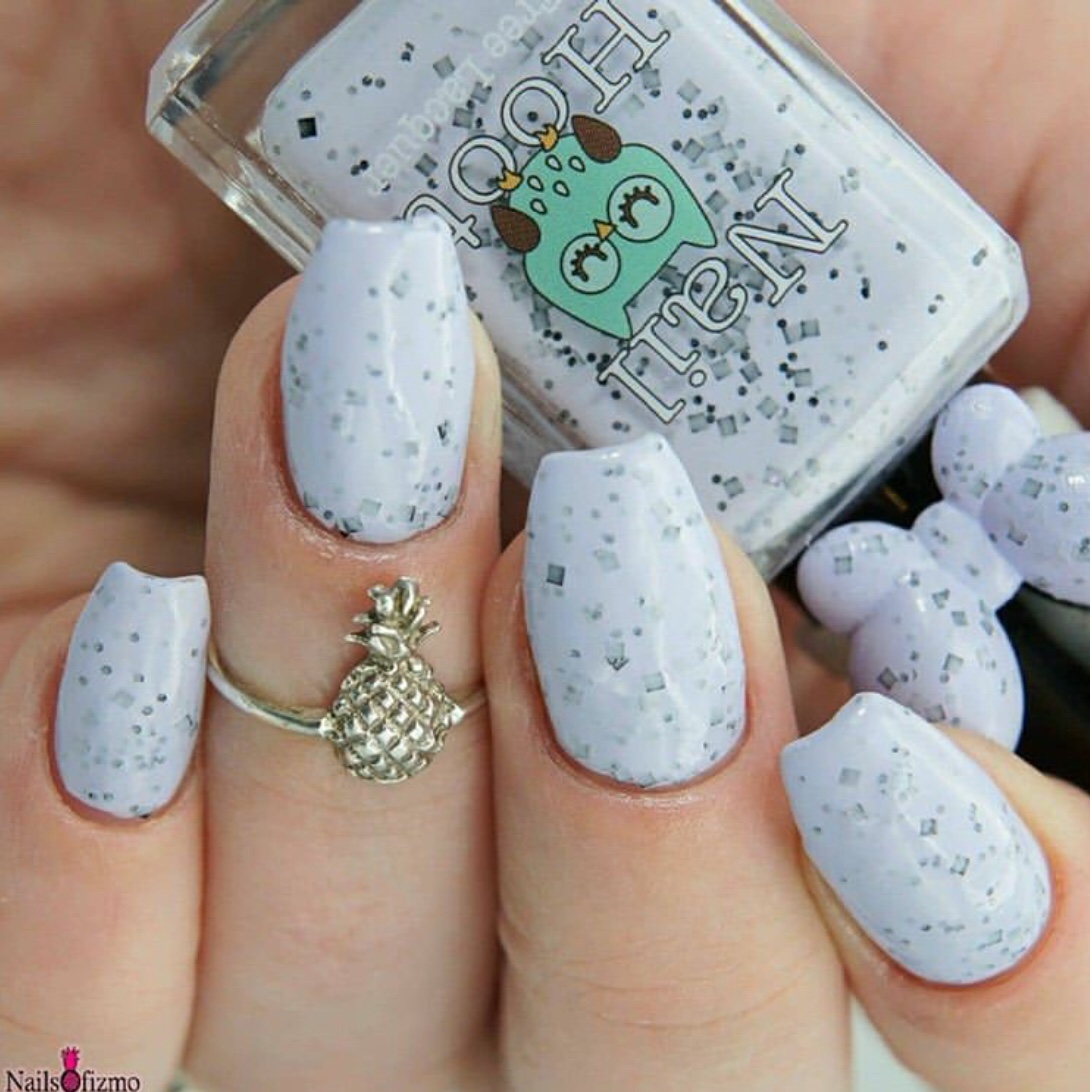 speckled eggs nails