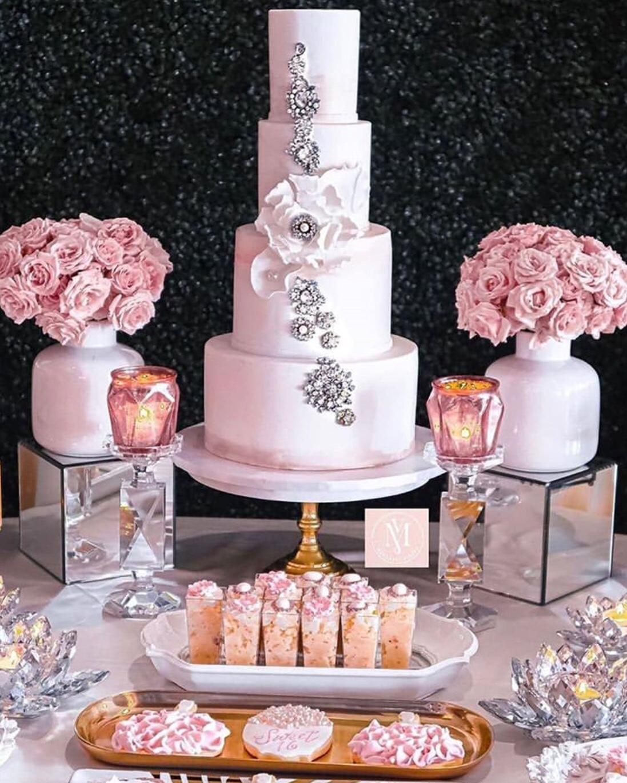 sugarflower cake