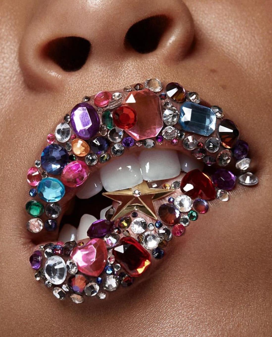 lip arts