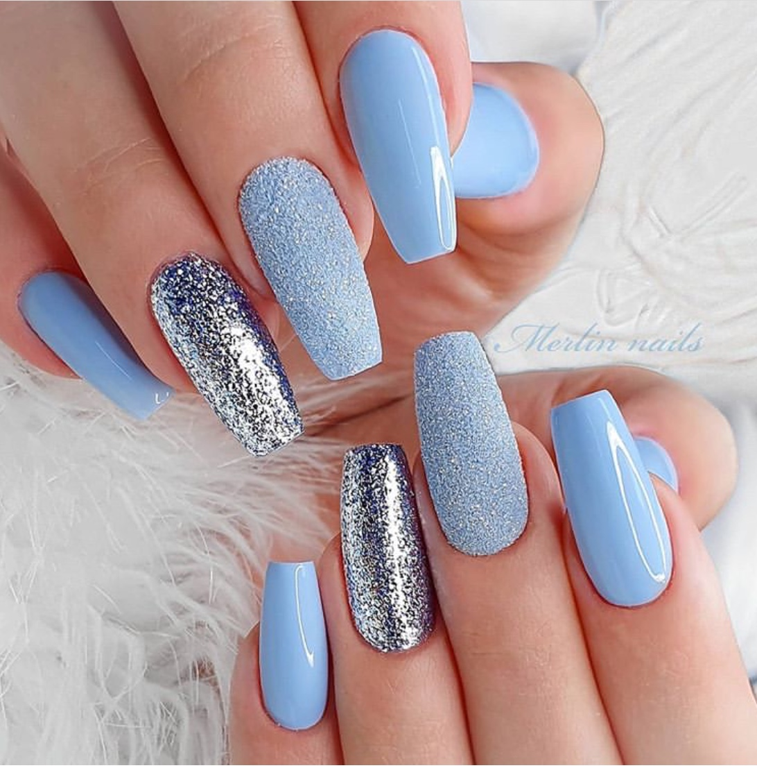 blue nails for weddings