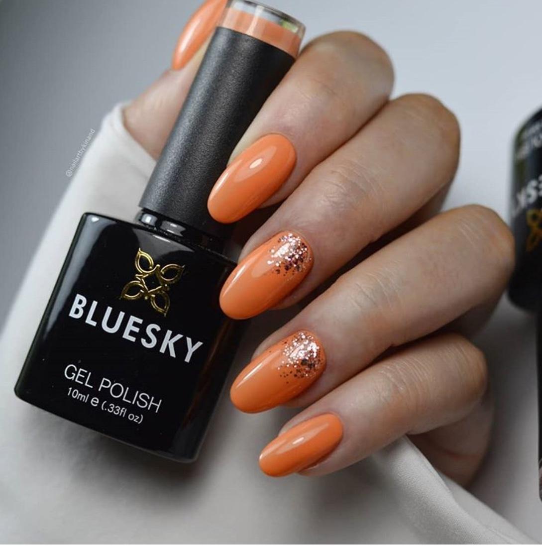 Fall 2020 orange nails