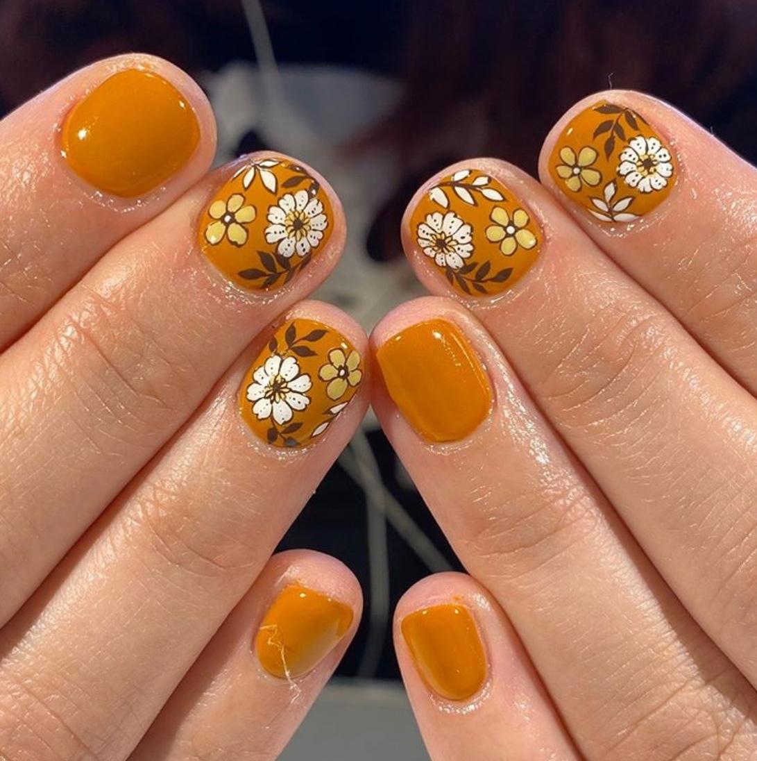 thanksgiving nail design