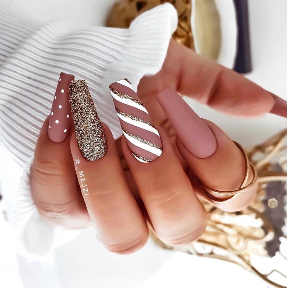 2020 christmas nails