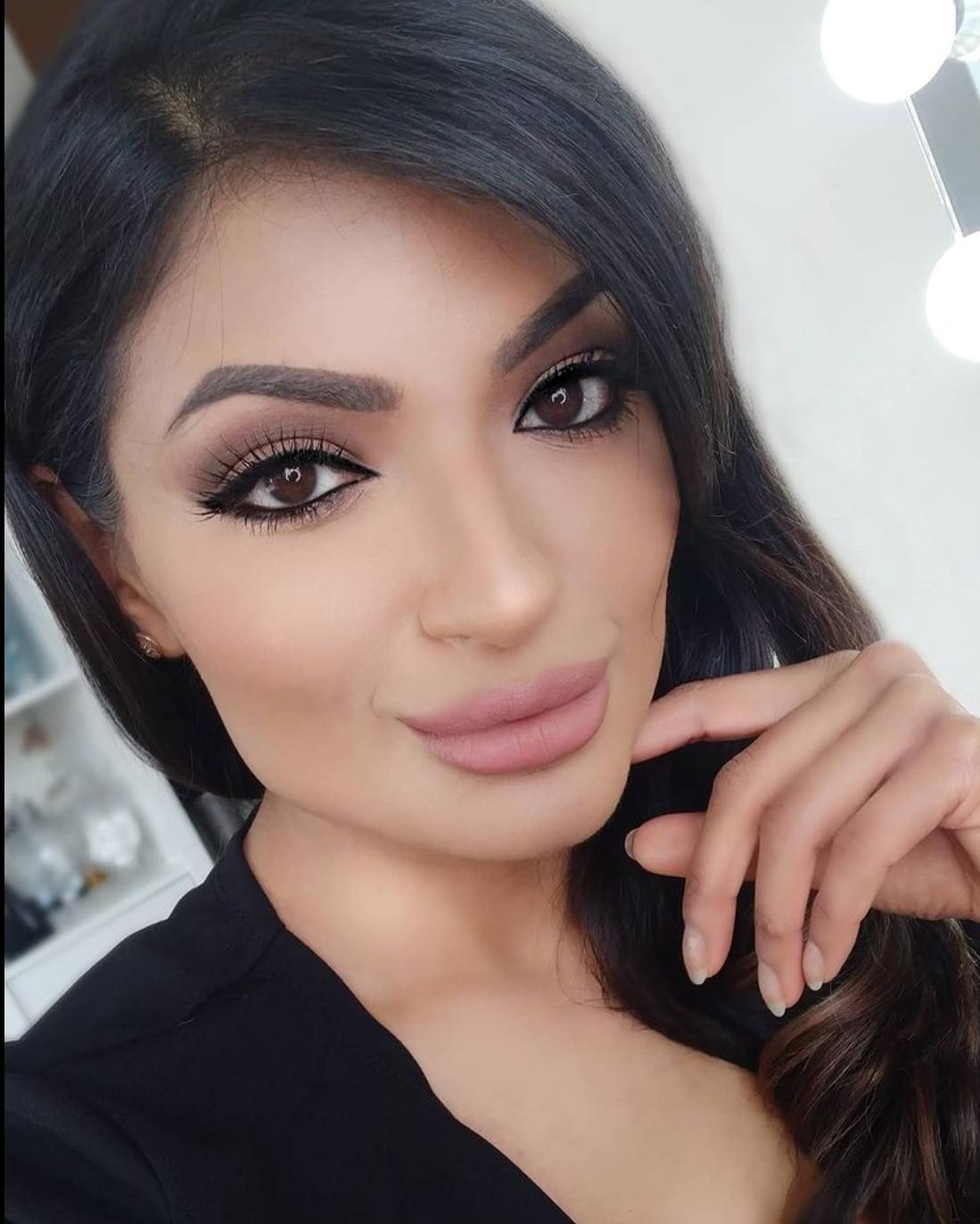 simple office makeup
