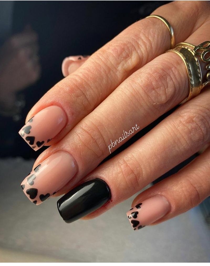 short black nail designs