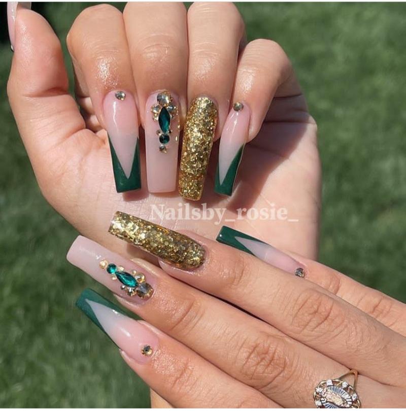 gold nail designs