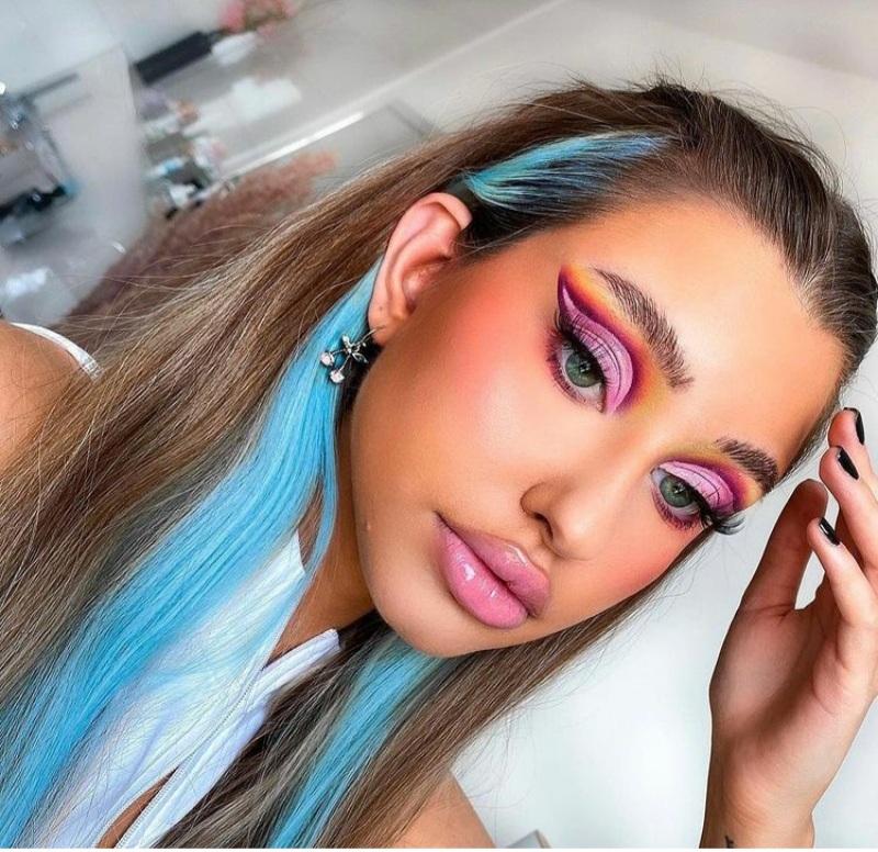 Trending Pink Eyeshadow