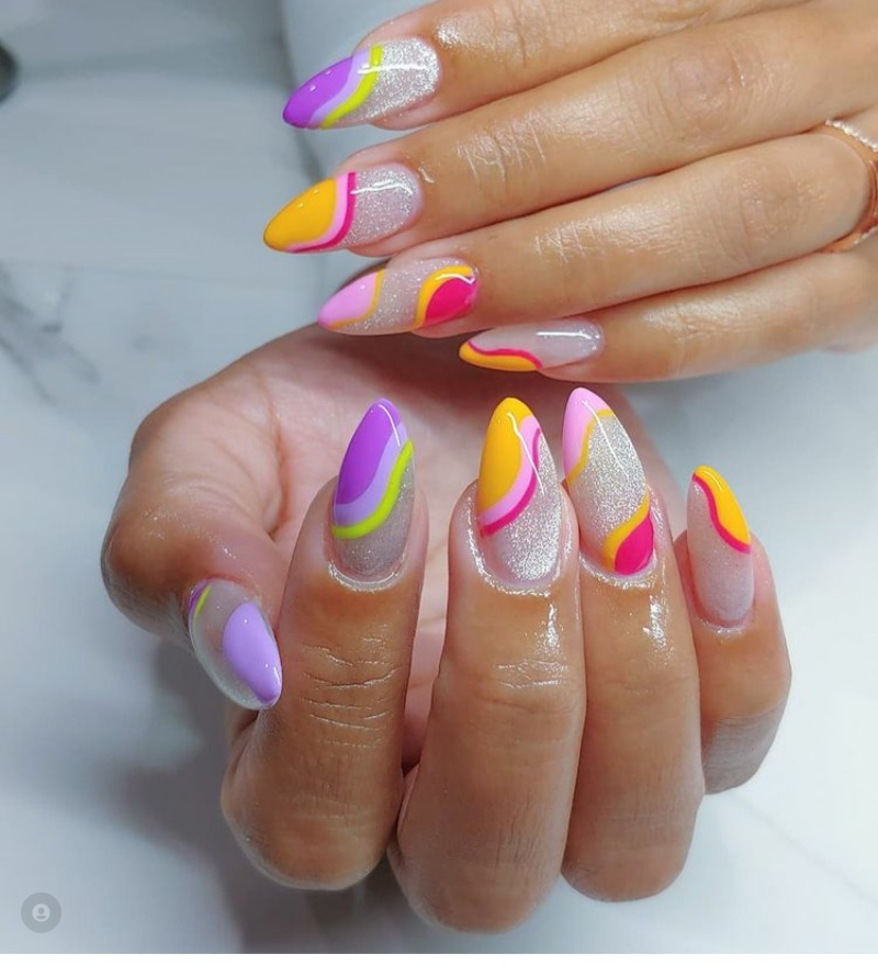 Exquisite Vacation Nails