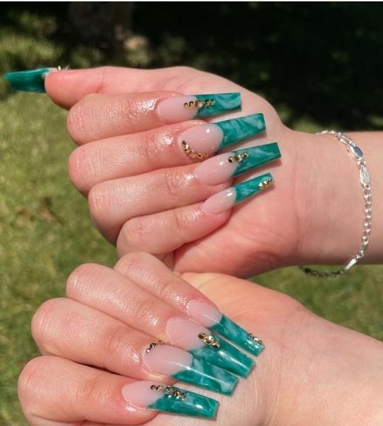 green nail ideas