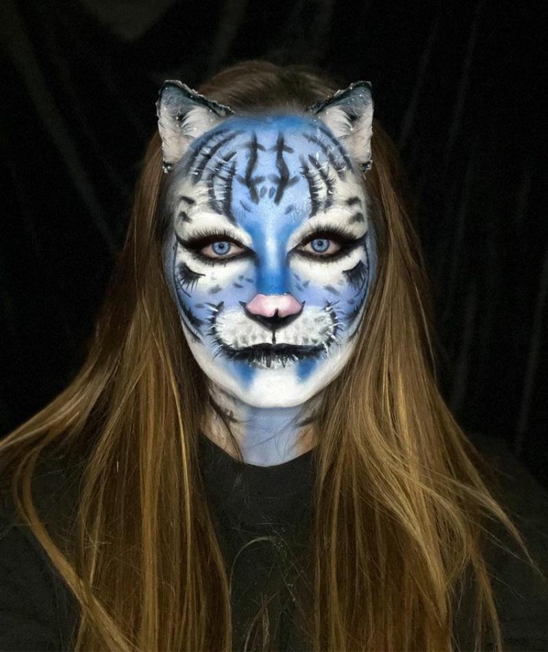 tiger makeup for Halloween