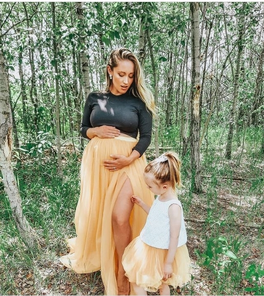 Outfits for maternity